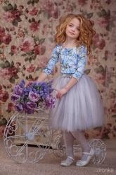 """Нарядное платье """"Сильвия"""" голубо-дымчатого цвета."""