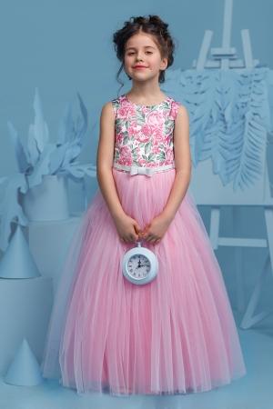 """Новинки сезона! Нарядное платье """"Триана"""" с пышной юбкой розового цвета.Очень нежное платье для маленьких модниц! Оригинальное и красивое платье для любого торжества! Вверх платья из полиэстера, подкладка из хлопка, юбка из нескольких слоев, что придает пышность."""