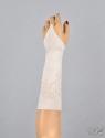 Детские атласные перчатки-митенки.