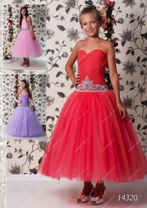 """Бальное платье """"Корона"""" с пышной юбкой.Бальное платье с оригинальным украшение в виде короны на корсете. Изысканное платье для настоящих ценителей красоты. Данное платье идеально для бала, а также для любых торжеств! Само платье корсетного типа, за счет чего можно регулировать в объеме, что идеально для разного возраста."""