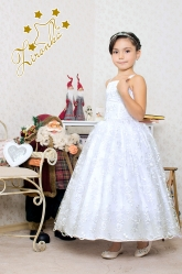 """Нарядное платье """"Клариса"""" белого цвета из кружева."""