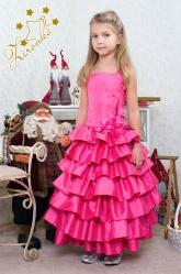 """Нарядное платье """"Мальвина"""" малинового цвета с цветком на поясе."""