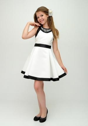 """Нарядное платье """"София"""" цвета айвори.Атласное платье розового цвета с черными вставками и жемчугом. Элегантное платье для настоящих модниц. Данное платье застегивается на молнию и завязывается на бант."""