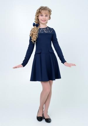 Нарядное трикотажное платье темно-синего цвета с кружевом. Элегантное платье для настоящих модниц.Платье идеально для любых случаев и торжеств.