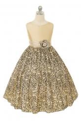 """Нарядное платье """"Изольда"""" кремового цвета с цветком поясе."""