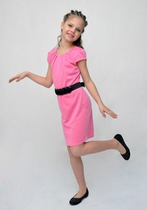 """Элегантное платье """"Лариса"""" розового цвета с черным поясом. Красивое и нарядное платье с поясом. Очаровательное платье для настоящих модниц.."""
