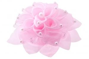 Школьный бант розового цвета на резинке.Красивый аксессуар для волос.Диаметр цветка 14 см.