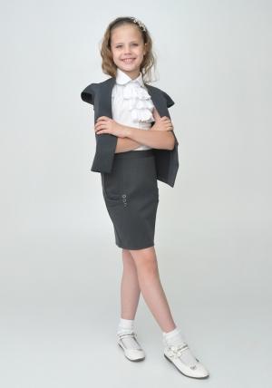 Школьный костюм с прямой юбкой для девочки серого цвета.Школьный жакет и юбка идеальный наряд для школы.Стильный и красивый костюмможно носить как в школу, так и в повседневной жизни.