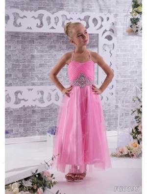 """Нарядное платье """"Юлитта"""" с поясом из страз.Красивое платье из шифона,на тонких бретельках. Платье идеально для любых праздников и ваша красотка будет в нем самой красивой. Само платье корсетного типа, регулируется шнуровкой. Идеальный наряд на любое торжество, карнавал или выпускной, затмит всех своей красотой и оригинальностью. Длина платья указана без лямок. Представлено несколько вариантов цветов. При оформлении заказа внимательно смотрите на параметры платья!"""