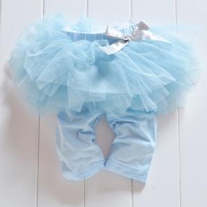 """Детские леггинсы с юбочкой """"Малышка"""" голубого цвета.Очень красивые короткие штанишки с юбочкой для маленьких девочек.Одежда приятнаяна ощупь, не вызывает раздражения у детей."""