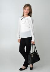 Детская блузка белого цвета с бантиком и жабо.
