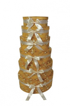 Подарочная коробка овальная с шарами и золотом.Картонная коробка красивой расцветки. Подарочная упаковка для одежды и аксессуаров.