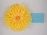 Повязка с желтой хризантемой.