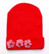 Красная шапочка для малышек с маленькими цветочками.
