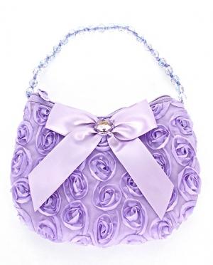 Сиреневая сумочка с розочками и атласным бантиком. Сумочку украшает бантик, внутри бантика стразина, а ручка сумочки с оригинальными бусинами. Прекрасный аксессуар, дополнение к любому наряду.