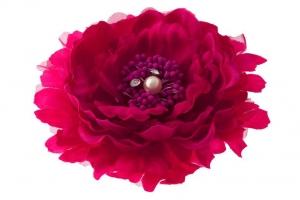 """Брошь-заколка """"Пион"""" малинового цвета.Очень красивый и пышный цветок с сердцевиной. Сам цветок на заколке и булавке, что очень удобно, можно носить на голове, а можно и на шапочке и повязке, а так же украсить любой наряд.Диаметр цветка 13 см."""