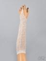 Детские кружевные перчатки-митенки.