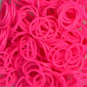 Резиночки для плетения ярко-розовые 1000 шт.В набор входит: резиночки 1000 шт, 1 крючок и 10 S-клипс.