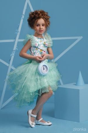 """Скоро весна, мы рады предложить вам новинки! Нарядный комплект """"Даниэла"""" с пышной юбкой бирюзового цвета. Комплект состоит из блузки с принтом """"цветы"""" и пышной юбки нежно-бирюзового цвета. Красивый наряд на весенний праздник, а также любое торжество! Ваша девочка будет самой яркой и красивой на празднике!"""