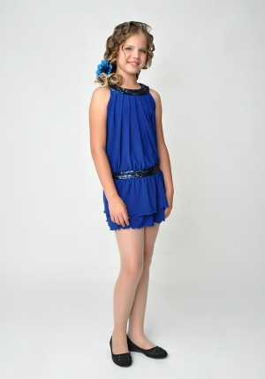 """Нарядное платье """"Дарья"""" цвета электрик. Это платье для настоящих модниц. Вверх и заниженная талия платья украшены пайетками в тон платья. Данное платье отлично подойдет для выпускного или другого праздника."""