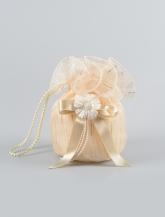 Нарядная сумочка с цветком.