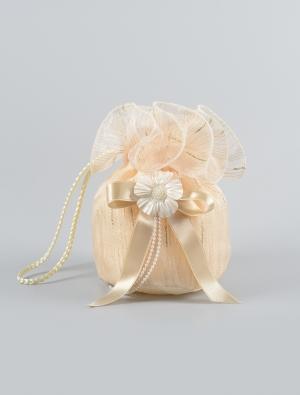 Нарядная сумочка с вышивкой обязательный атрибут для бального пышного платья. Отличный аксессуар, дополнение к любому наряду.