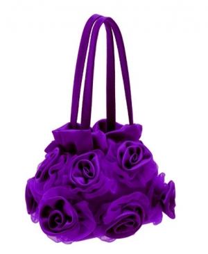 Фиолетовая сумочка с атласными и шифоновыми розочками. Модная сумочка для настоящих модниц! Прекрасный аксессуар и дополнение к любому наряду.
