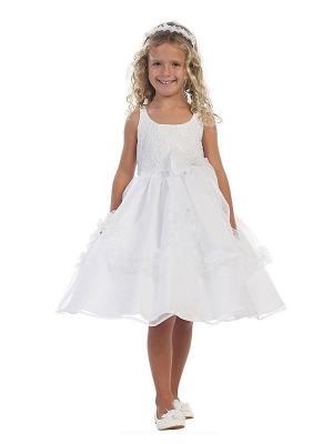 """Нарядное платье """"Принцесса"""" с пышной юбкой белого цвета.Красивое платье с бантом на поясе и оригинальным корсетом,идеально для праздника или вечеринки! Очень красивое платье, сзади платье застегивается на молнию и красивый бант.К данному платью можно подобрать перчатки, модную сумочку или другие аксессуары."""